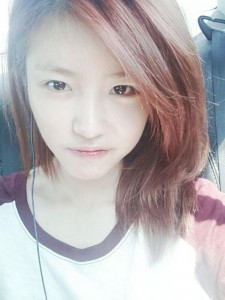 secret-hyosung-reveals-glowing-face-even-without-makeup