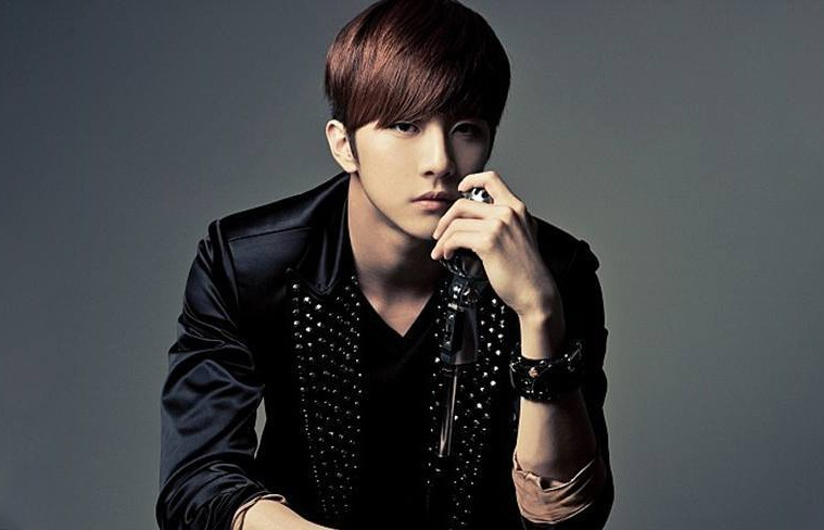 thunder-talks-about-his-solo-debut