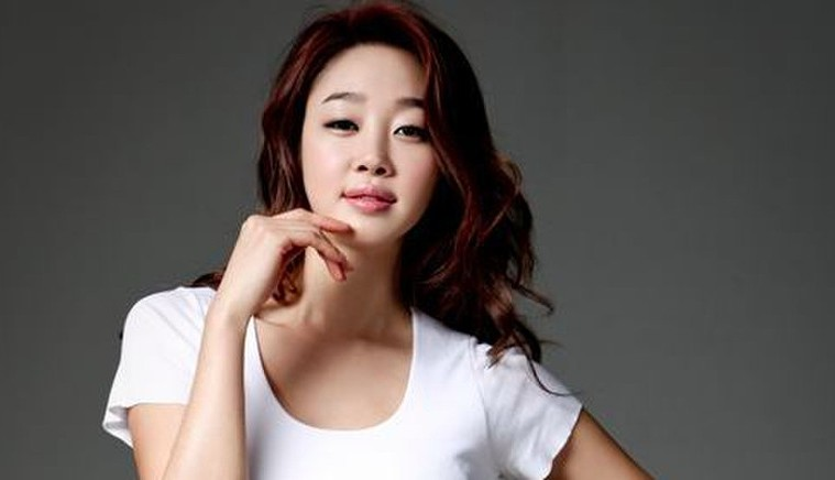 law-of-the-jungle-viewers-request-choi-yeo-jin-to-be-edited-out-due-to-her-moms-recent-controversy