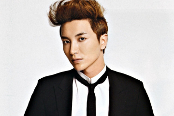 leeteuk-jokes-that-he-wants-siwons-drama-she-was-pretty-to-end-quickly
