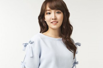 younha-reveals-that-she-has-recently-ended-a-long-term-relationship