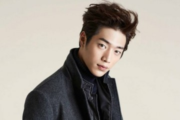 seo-kang-joon-talks-about-his-ideal-type-and-close-celebrity-friends-on-recent-interview