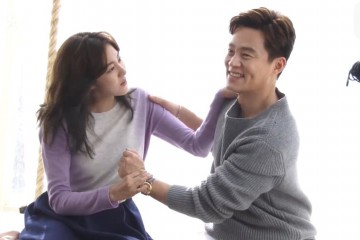 lee-seo-jin-and-uee-talk-about-their-age-gap-for-their-drama-marriage-contract