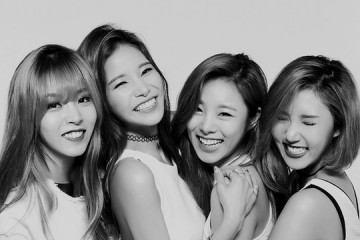 mamamoo-talks-about-their-roles-in-the-group-on-yoo-heel-yeols-sketchbook