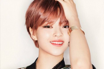 twices-jungyeon-suffers-from-a-leg-injury-during-law-of-the-jungle-filming