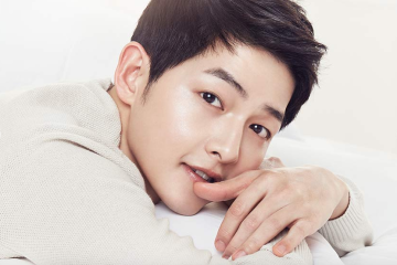song-joong-ki-reveals-his-acting-goals-and-his-desire-to-work-with-song-hye-kyo-in-30-years