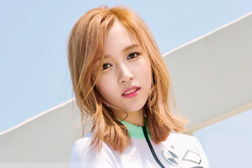 mina-talks-about-her-twice-co-members-and-reveals-who-she-would-date-if-she-were-a-guy