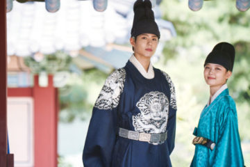 park-bo-gum-reveals-how-he-became-close-to-moonlight-drawn-by-clouds-co-star-kim-yoo-jung