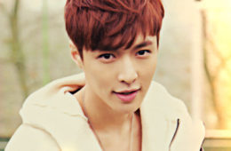 lay-loses-consciousness-at-the-airport-sm-entertainment-updates-on-his-condition