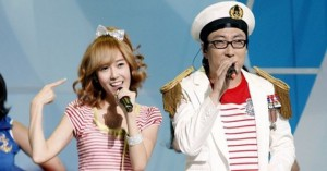 Jessica_and_Park_Myung_Soo_s_Naeng_Myun_performance_on_Music_Core_25072009082633